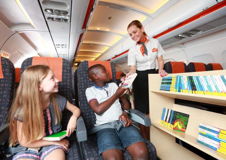 EasyJet, libri a bordo per piccoli viaggiatori