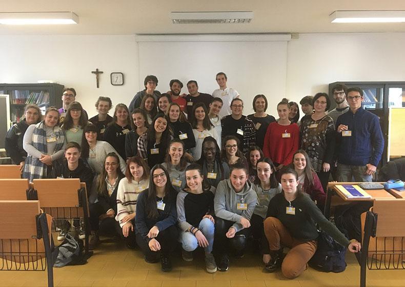 I futuri Assistenti Sanitari in campo per la campagna Noci 2019