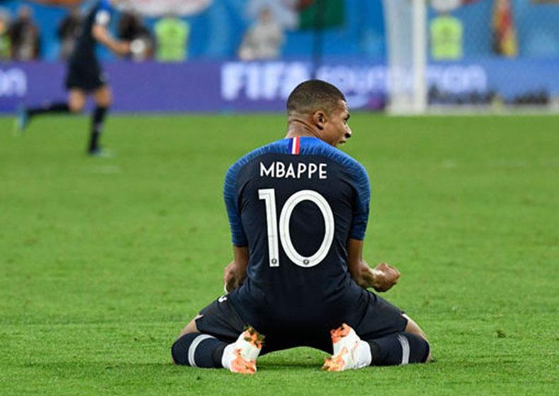 Mondiali 2018, quando il calcio va oltre il terreno di gioco